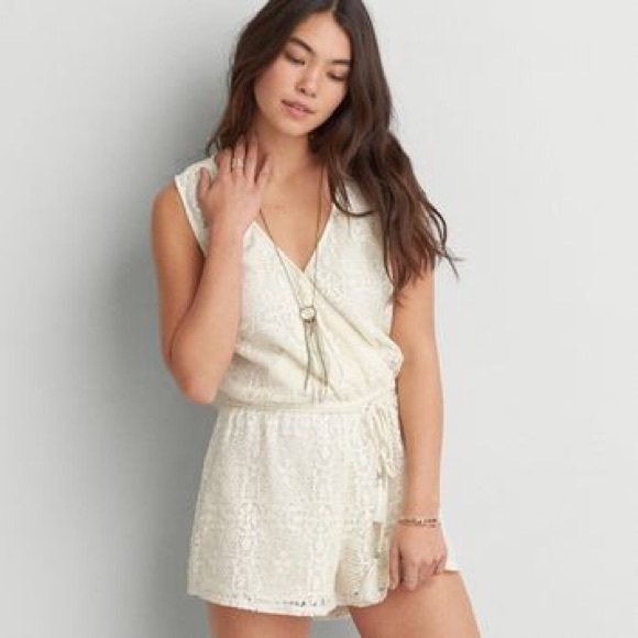f601435f95f4 American Eagle Outfitters Pants - ⭐ 🆕⭐ American Eagle Lace Romper